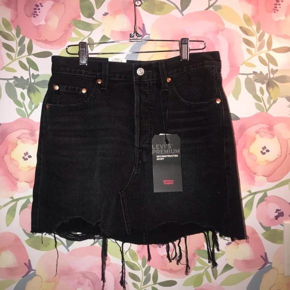 Levi's Dresses & Skirts - Black Levi's skirt